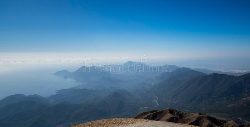La costa del mar Mediterr?neo imagenes de archivo