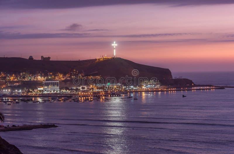 La Costa del Pacífico de Miraflores en Lima, Perú fotografía de archivo