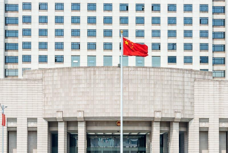 La costruzione cinese ufficiale del governo militare sulla gente quadra la s fotografia stock