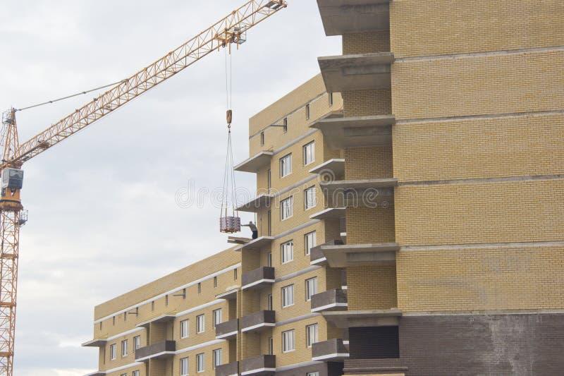 La costruzione dei grattacieli fotografie stock