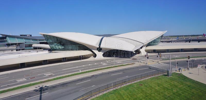 La costruzione del centro di volo del TWA di Saarinen al John F Kennedy International Airport immagini stock