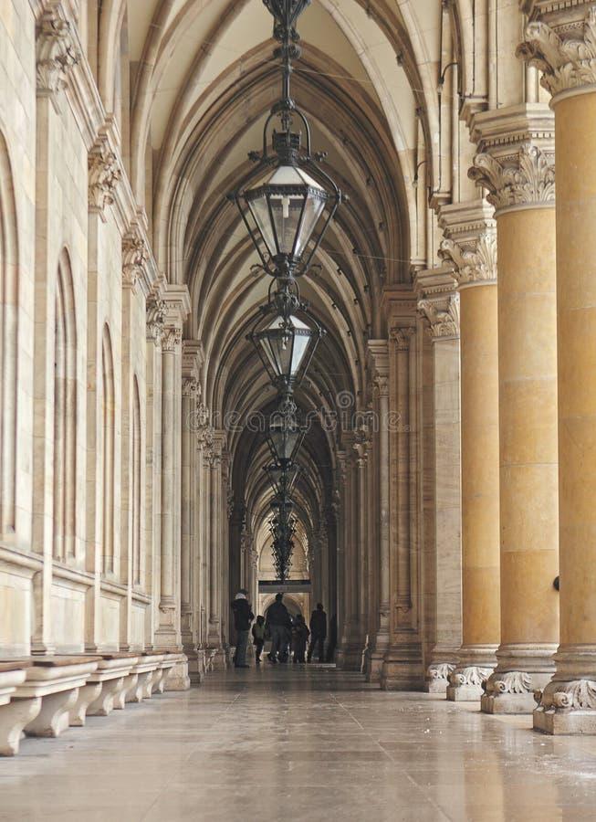 La cour de l'hôtel de ville à Vienne savent également comme Rathaus Autriche images stock