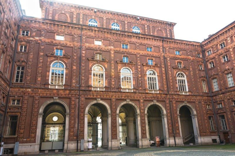 La cour de Palazzo Carignano, Turin photographie stock libre de droits