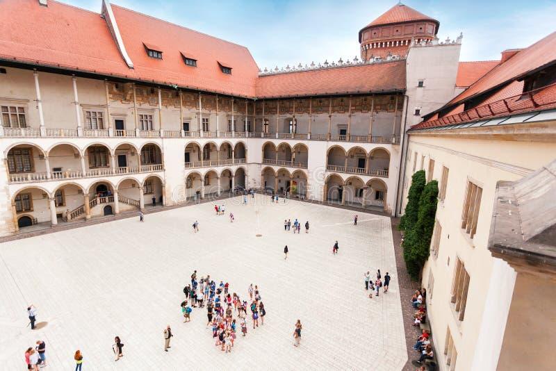 La cour intérieure du château de Wawel à Cracovie photo libre de droits