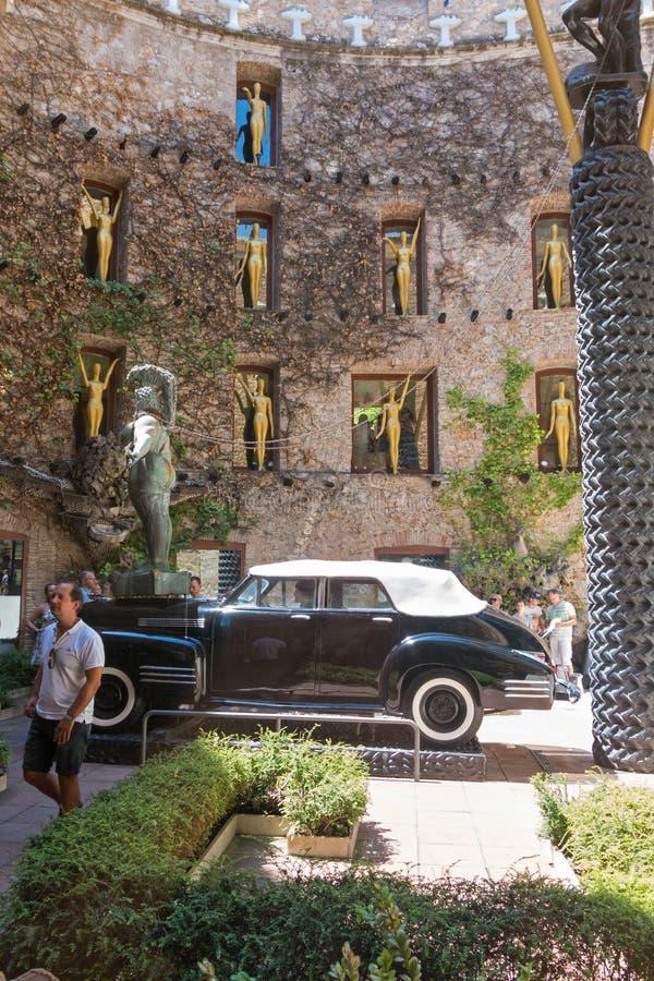 La cour principale de Dali Museum en Espagne image stock