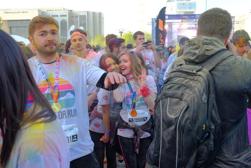 La course 2017 de couleur à Bucarest, Roumanie images libres de droits