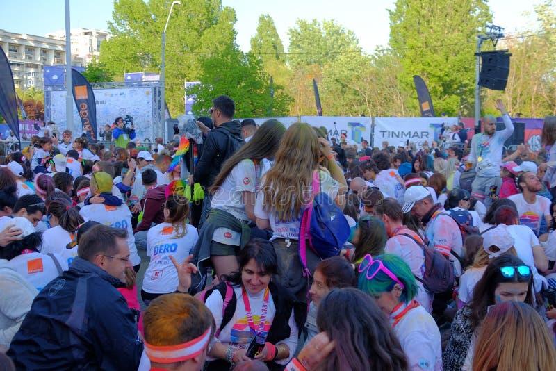La course 2017 de couleur à Bucarest, Roumanie photo libre de droits