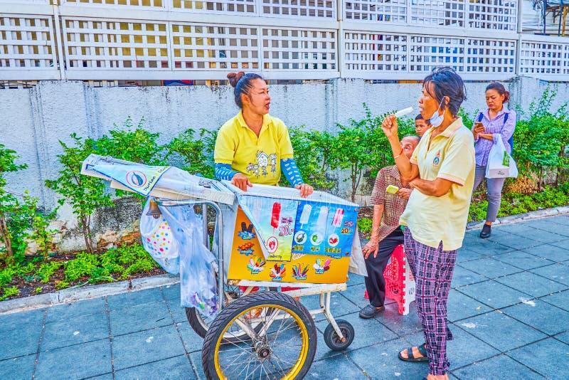 La crème glacée faite maison à Bangkok, Thaïlande photographie stock