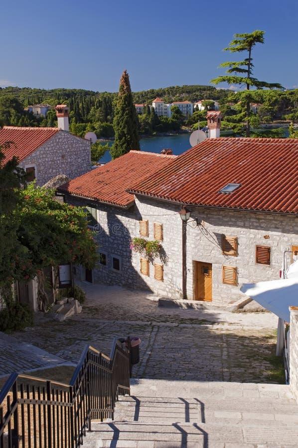 La Croatie - Rovinj - Chambres sur la vieille ville image libre de droits