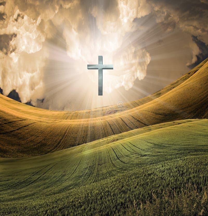 La cruz irradia la luz en cielo libre illustration