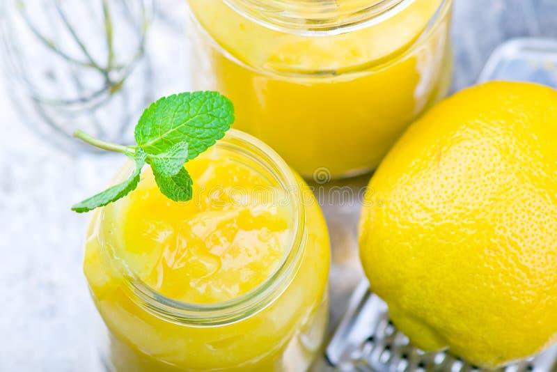 La cuajada de limón fotografía de archivo libre de regalías