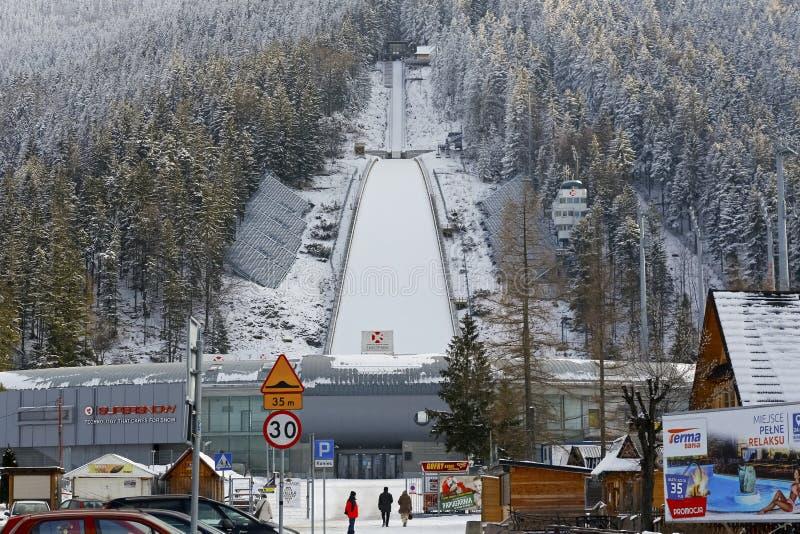 La cubierta de nieve el salto de esquí en Zakopane fotografía de archivo libre de regalías