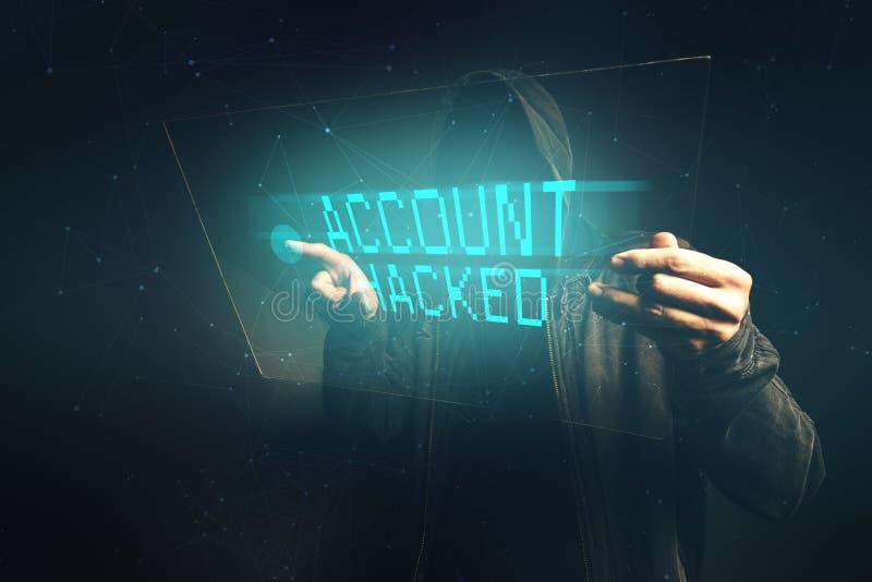 la cuenta del E-banco cortó, pirata informático de ordenador irreconocible que robaba p fotos de archivo