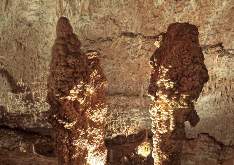 Download La Cueva Del Blanco De Draye, Francia Foto de archivo - Imagen de montaña, paseo: 41920418