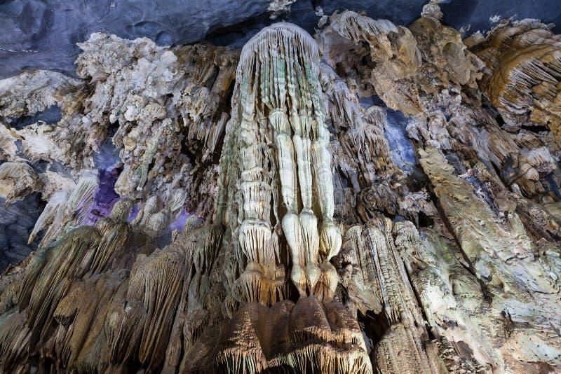 La cueva interior de Phong Nha, KE golpea el parque nacional, Vietnam foto de archivo
