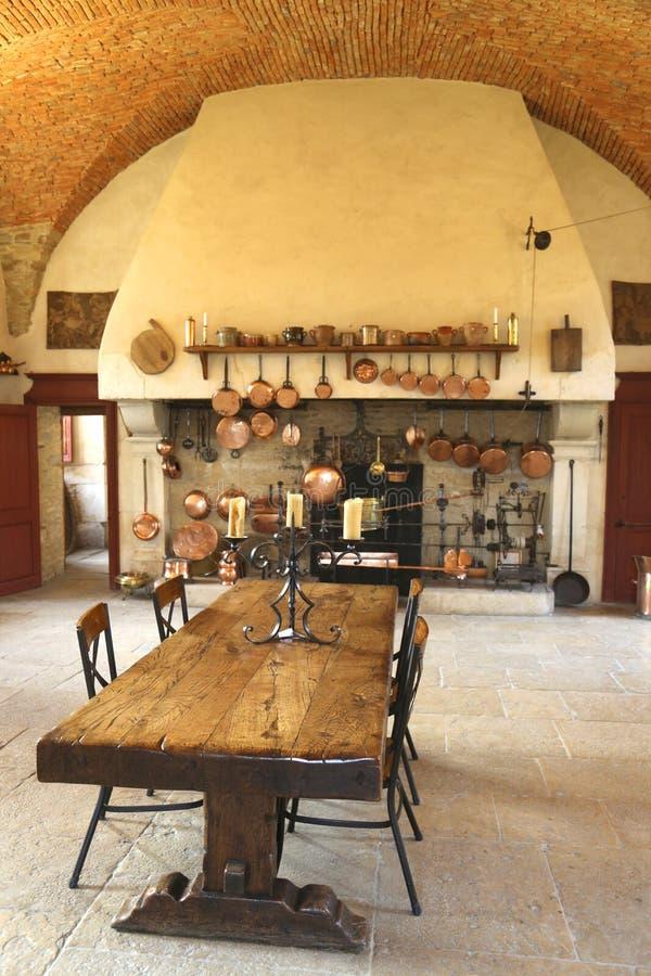 La cuisine antique à l'établissement vinicole de Chateau de Pommard. photos libres de droits