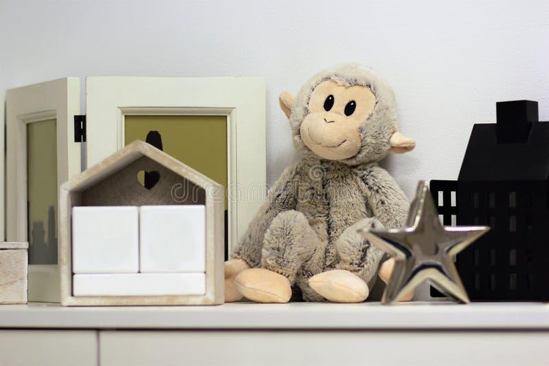 La décoration intérieure d'étagère, raillent  photos stock