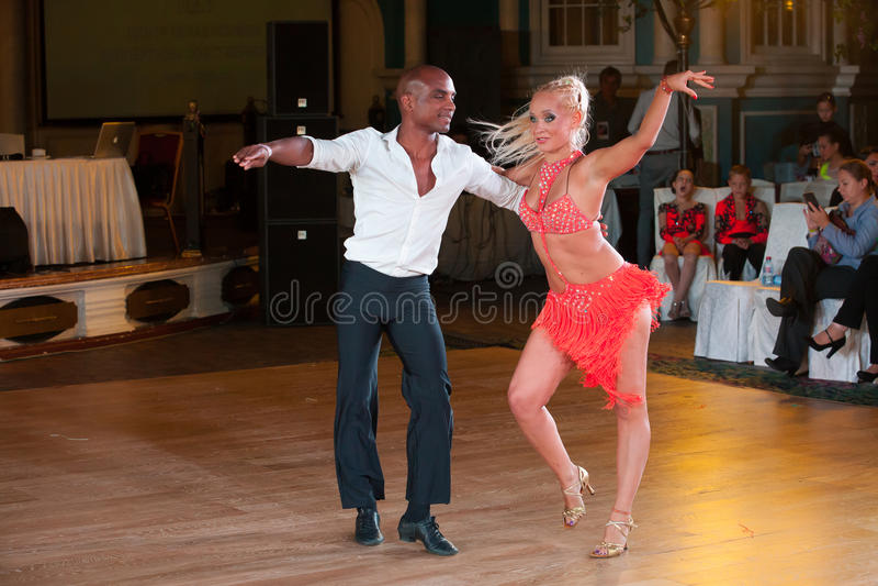 La danse artistique attribue 2014-2015 photo stock