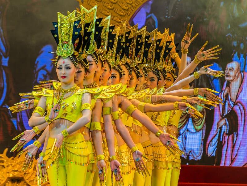 La danza y la música de Tang Dynasty muestran en el teatro magnífico de la sol, imágenes de archivo libres de regalías