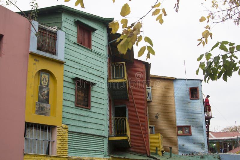 La de madeira colorido Boca Buenos Aires Argentina Latin América Ámérica do Sul do bairro de Caminito da casa agradável imagem de stock royalty free