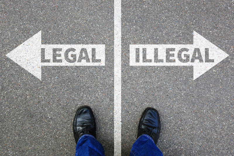 La decisione illegale legale di concetto dell'uomo di affari dell'uomo d'affari proibisce fotografia stock