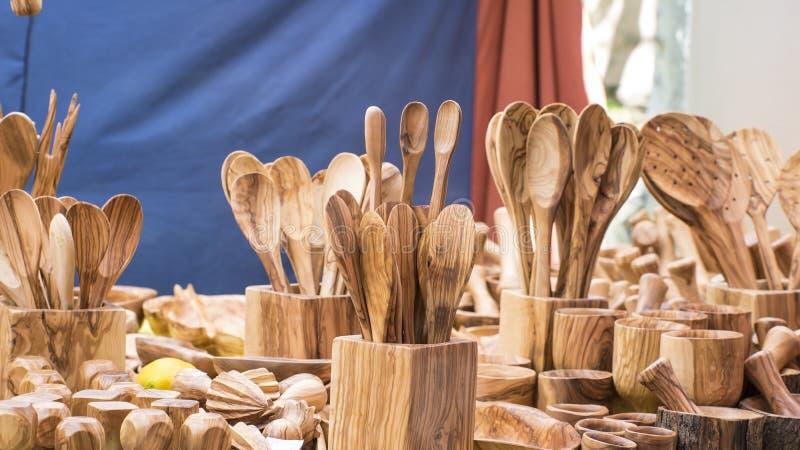 La decoración, utensilios de la cocina hechos de la madera handcrafted, l sano fotografía de archivo libre de regalías