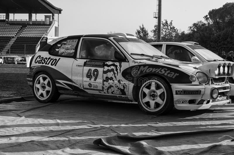 LA 1998 del corsa de DA del vettura del della del raduno del vecchio del nel de TOYOTA COROLLA WRC LEGGENDA 2017 foto de archivo libre de regalías