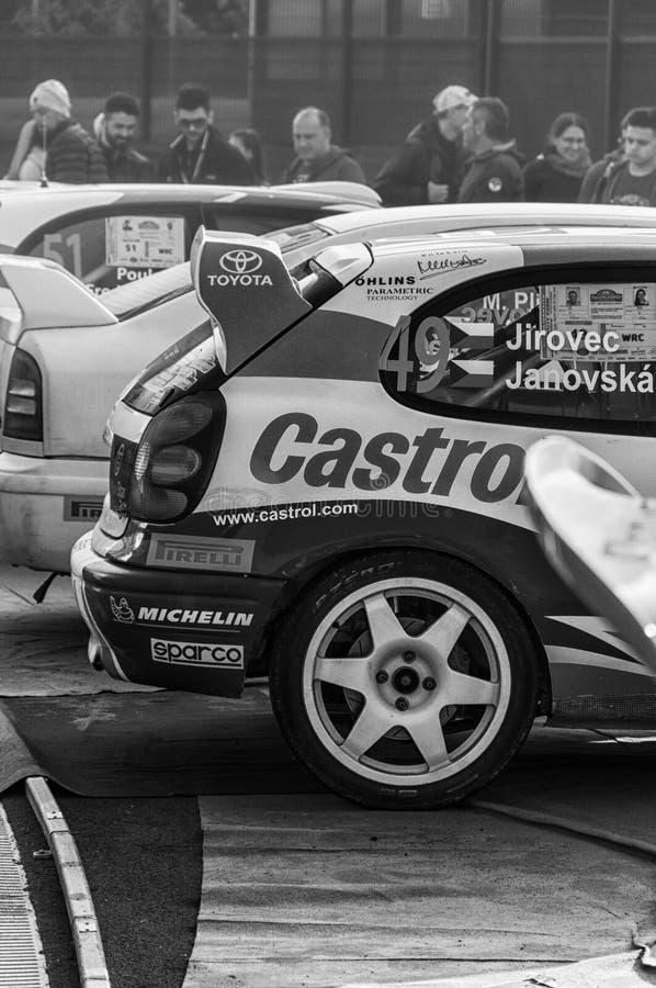 LA 1998 del corsa de DA del vettura del della del raduno del vecchio del nel de TOYOTA COROLLA WRC LEGGENDA 2017 imagen de archivo libre de regalías