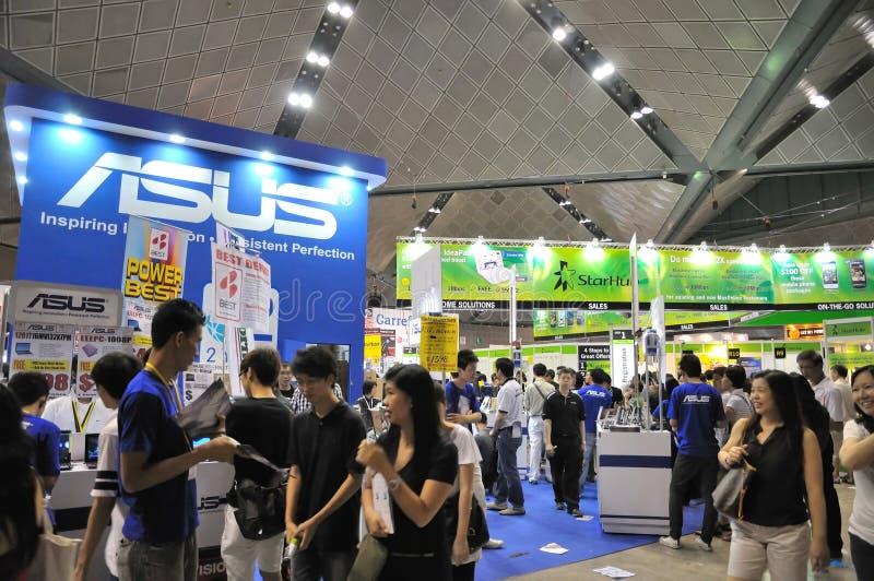La demostración de la PC ÉL exposición y escaparate 2010 foto de archivo libre de regalías