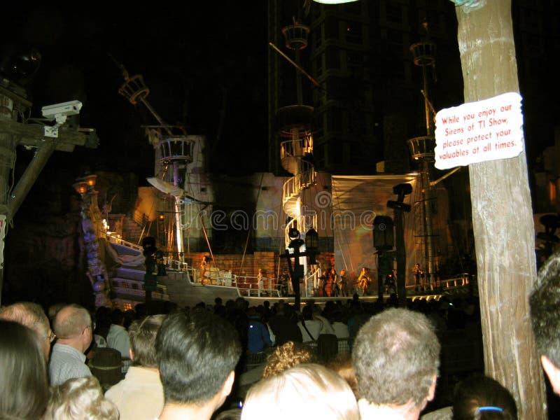 La demostración del pirata en la isla del tesoro, Las Vegas, Nevada, los E.E.U.U. fotografía de archivo