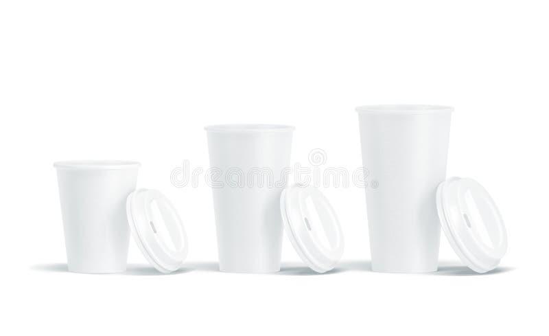 La derisione eliminabile aperta bianco in bianco delle tazze di carta dei coperchi aumenta fotografia stock libera da diritti