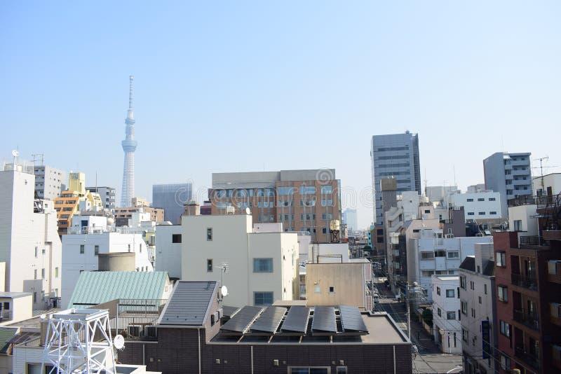 La descripción de Japón Tokio, las arquitecturas modernas exquisitas y el skytree se elevan foto de archivo libre de regalías