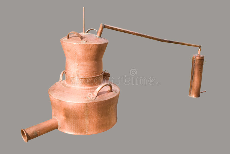 La destilería hecha a mano tradicional aisló foto de archivo