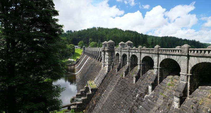 La diga nel lago Vyrnwy, Galles, Regno Unito fotografie stock