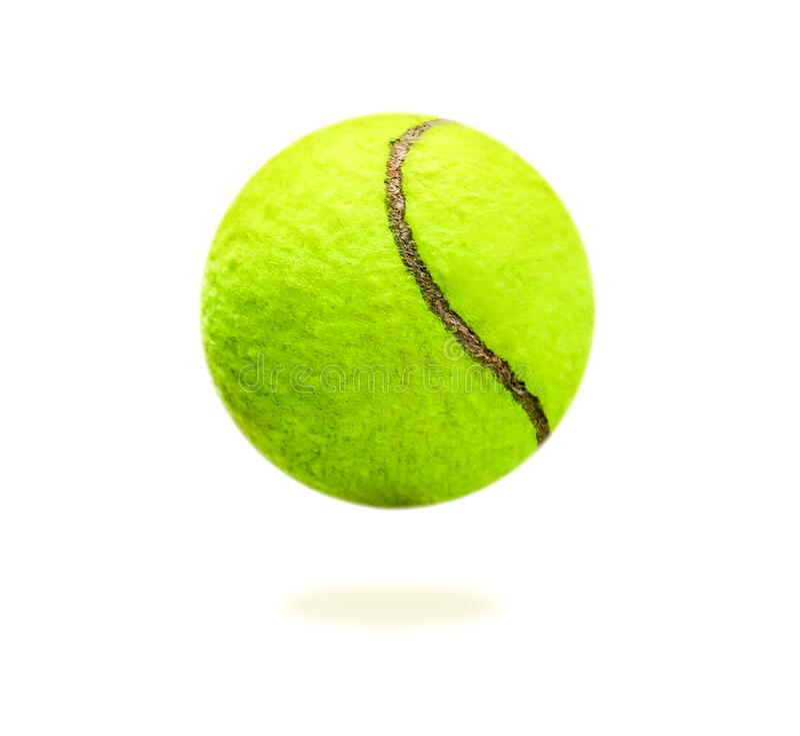 La distancia de la pelota de tenis amarilla es bastante clara Balón aislada sobre un fondo blanco que se puede utilizar fácilment imagenes de archivo