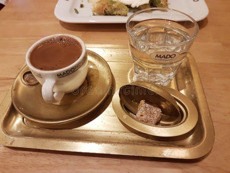 La diversión del día de fiesta del analya de Turquía Antalya se relaja foto de archivo libre de regalías