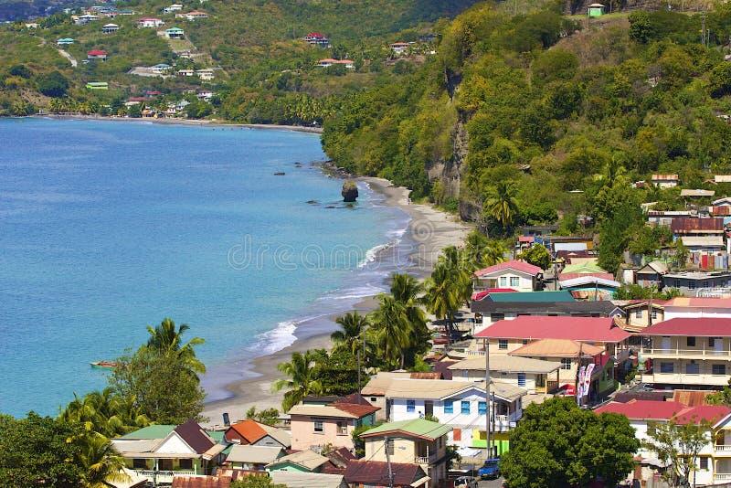 La Dominica - panorama del villaggio di Mero fotografie stock libere da diritti
