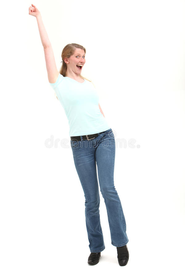 La donna allegra con il braccio si è alzata fotografia stock