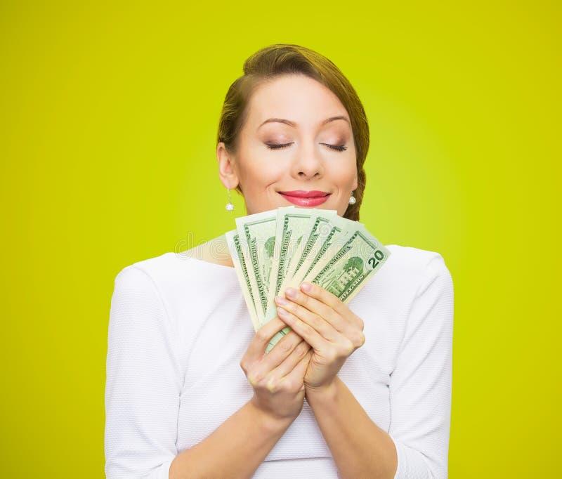 La donna ama i soldi fotografia stock libera da diritti