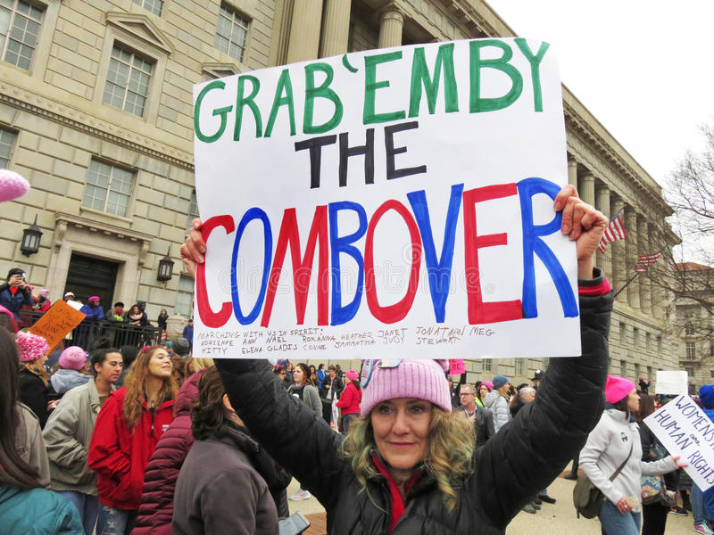 La donna non gradisce Donald Trump fotografia stock libera da diritti