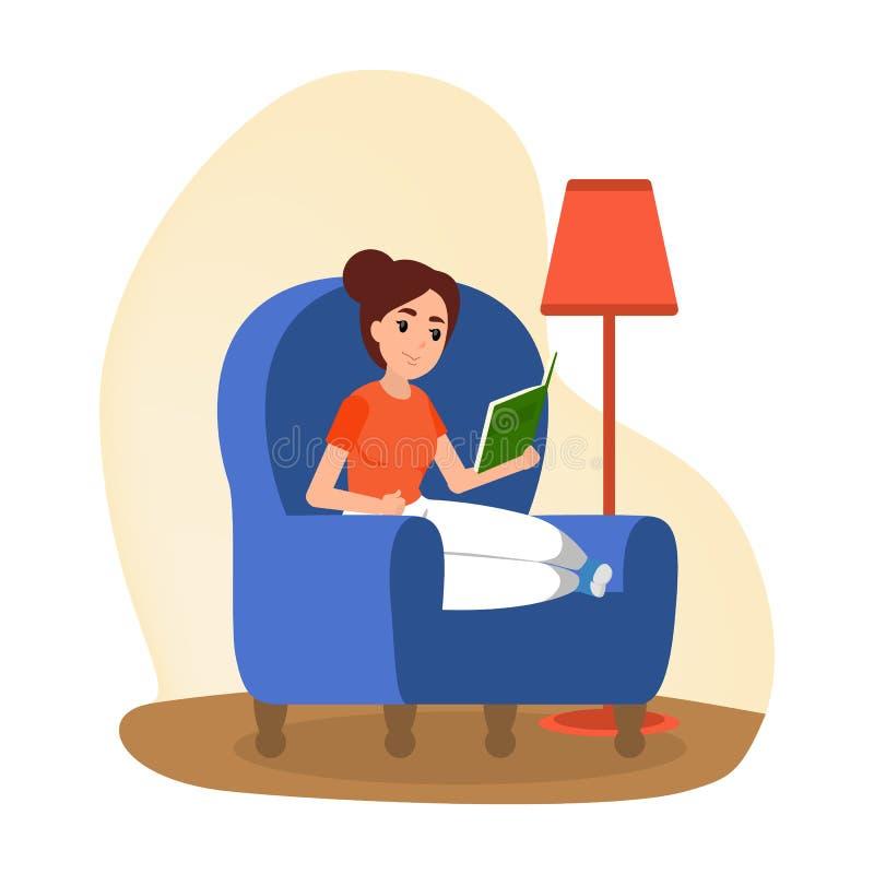 La donna si siede in poltrona nella comodità e nella lettura illustrazione vettoriale