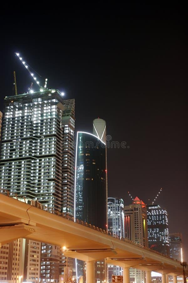 La Doubai entro la notte fotografia stock