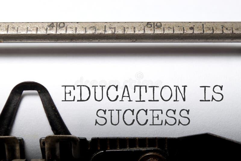 La educación es éxito fotos de archivo