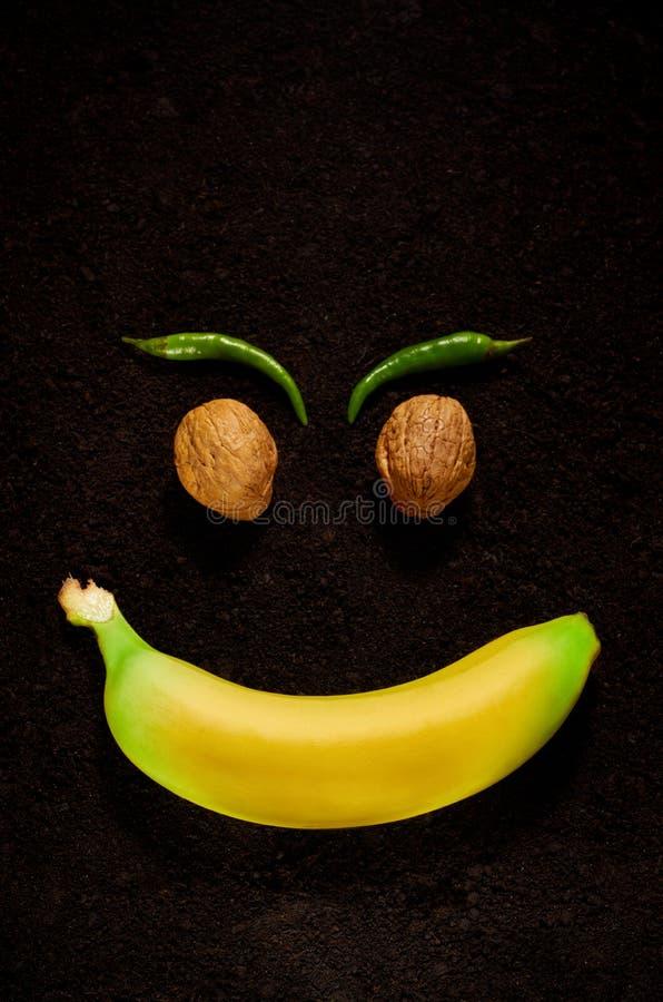 La emoción de la alegría con la ayuda de productos orgánicos imagen de archivo