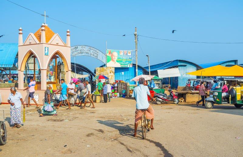 La entrada al mercado de pescados de Negombo fotografía de archivo libre de regalías