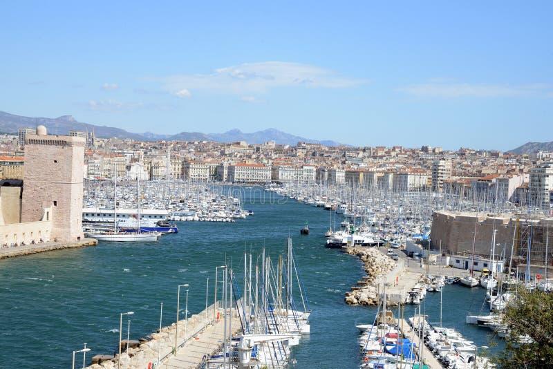 La entrada del puerto viejo de Marsella, Francia foto de archivo libre de regalías
