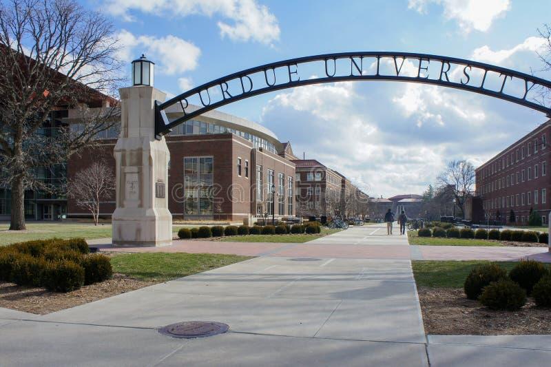 La entrada hermosa al arco futuro de la universidad de Purdue imagen de archivo libre de regalías