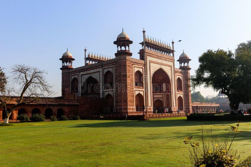 La entrada principal de Taj Mahal, Agra, la India fotos de archivo libres de regalías