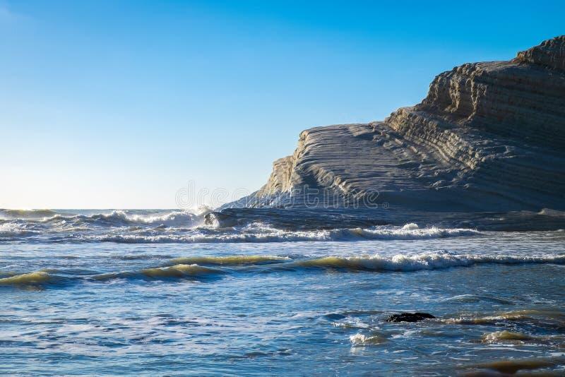 La escalera blanca rocosa de los turcos, Sicilia de los acantilados imagen de archivo libre de regalías