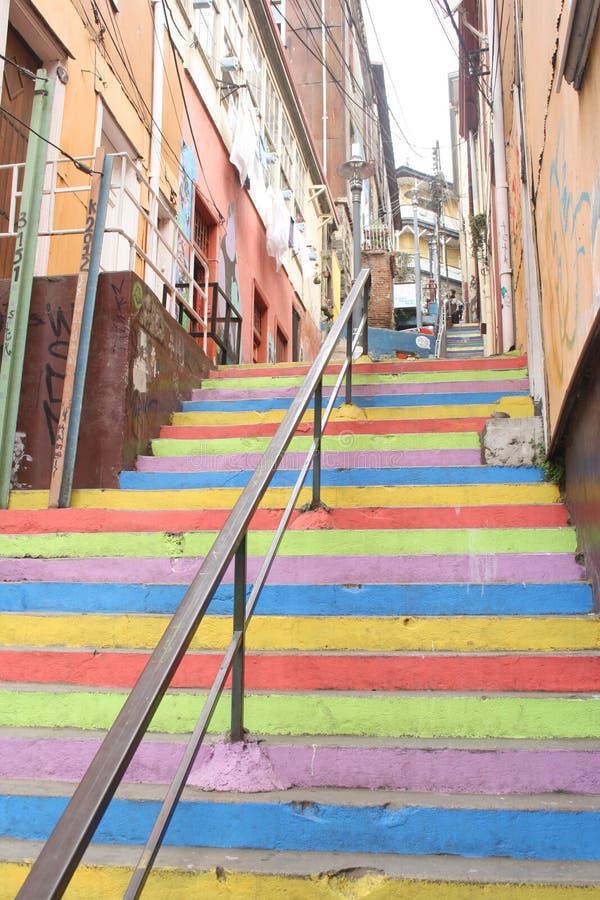 La escalera coloreada foto de archivo